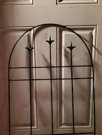 Metal French Provincial Style Flower Plant Trellis