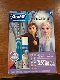 Oral B Frozen 2 Rechargeable Toothbrush