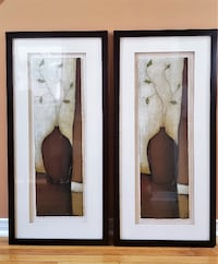 Beautiful Framed Wall Art - Set of 2 **Excellent Condition** Brampton