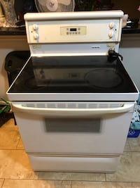 white and black induction range oven Mississauga, L5A 3S1