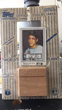 Tops Limited Edition Worlds Thinnest Porcelain Baseball card