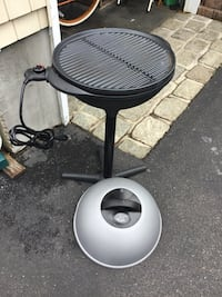 Electric bbq grill indoor or outdoor never cooked on Lindenhurst, 11757