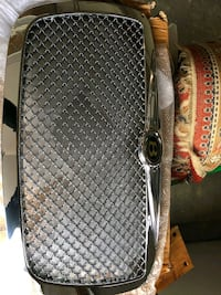 Chrysler 300 Grille - New Dale City, 22193