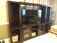 TV entertainment center with shelves. Herndon, 20171