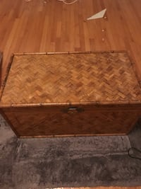Wicker trunk  Alexandria, 22311