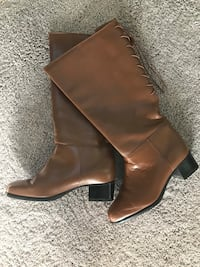 Wide calf brown leather boots brand new!! Jessup, 20794