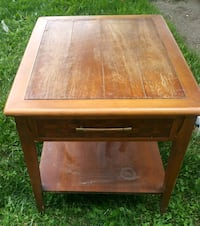 Antique wood coffee table with drawer Harrisburg, 17112
