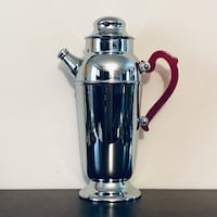 Vintage Mid-Century Cocktail Shaker with red Bakelite handle Oakland