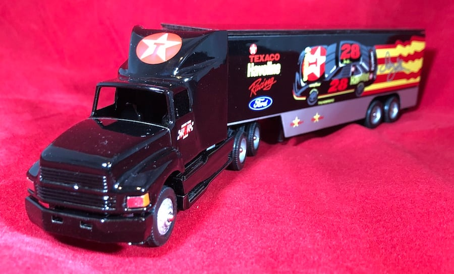 Davey Allison Texaco Havoline 1/64 Winross Hauler Transporter #19. New 8
