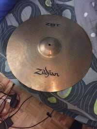 Selling my cymbal 150$ worth 250 brand new