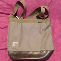 Multifunctional purse (Carharrt) Victoria, V9A 3M5