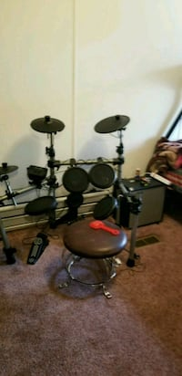 Electronic Drum Set Only. Sioux Falls, 57106