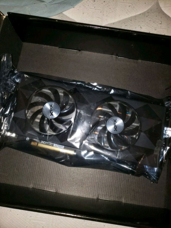 XFX R9 390 8GB GPU Graphics Card Gaming PC