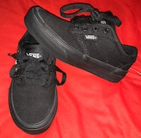 Boys brand new Vans shoes size 11.5
