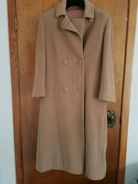 Vintage london fog camel coat Toronto, M6H 1Y4