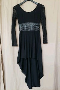 Black highlow lace sleeved dress (Medium) Elkridge, 21075