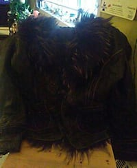 Ladies size X large , soft leather wth fake fur  c