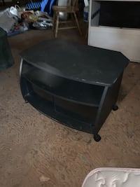 Black entertainment stand/TV stand Camp Hill, 17011