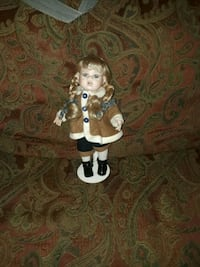 blonde haired female porcelain doll Magee, 39111