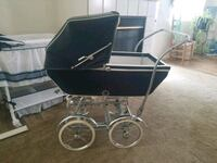 1952 antique Italian carriage stroller.all leather Paradise, 89123