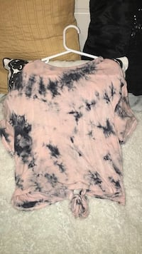 women's pink and black scoop-neck blouse Calgary, T2E 1G5