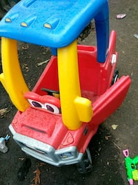red and blue Little Tikes cozy coupe Hillsboro