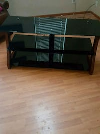 Tempered Glass big screen TV Stand Arvada, 80004