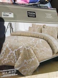 New Egyptian cotton queen bed sets on sale Calgary, T3G 1X4