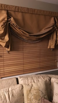 brown window blind and valance New York, 11228