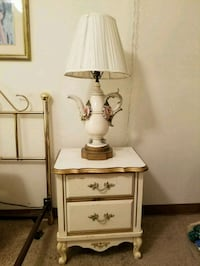 white and brown table lamp Nottingham, 21236