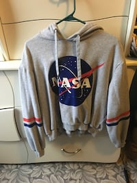 gray and blue pullover hoodie Ottawa, K1K