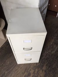 2-drawer metal filing cabinet, off-white Montréal, H3N 2G9