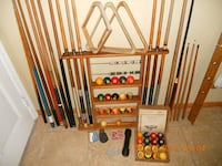 Brunswick Professional Pool Table and Accessories Ormond Beach