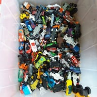 A Huge Lot of Hot Wheels and Matchbox cars  South Riding, 20152