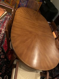 Dining table and chairs Potomac, 20854