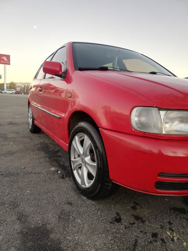 1998 Volkswagen Polo 1.6 HATCHBACK  3