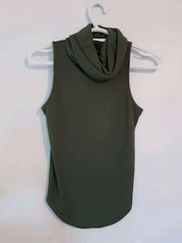 Army Green Turtle Neck Sleeveless Top Small Mississauga, L5G 1N8