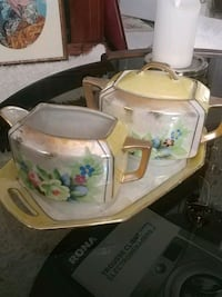 Set of 3 vintage coffee/tea serving items Laval, H7G 1G2