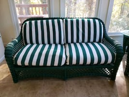 3 piece Wicker set with cushions