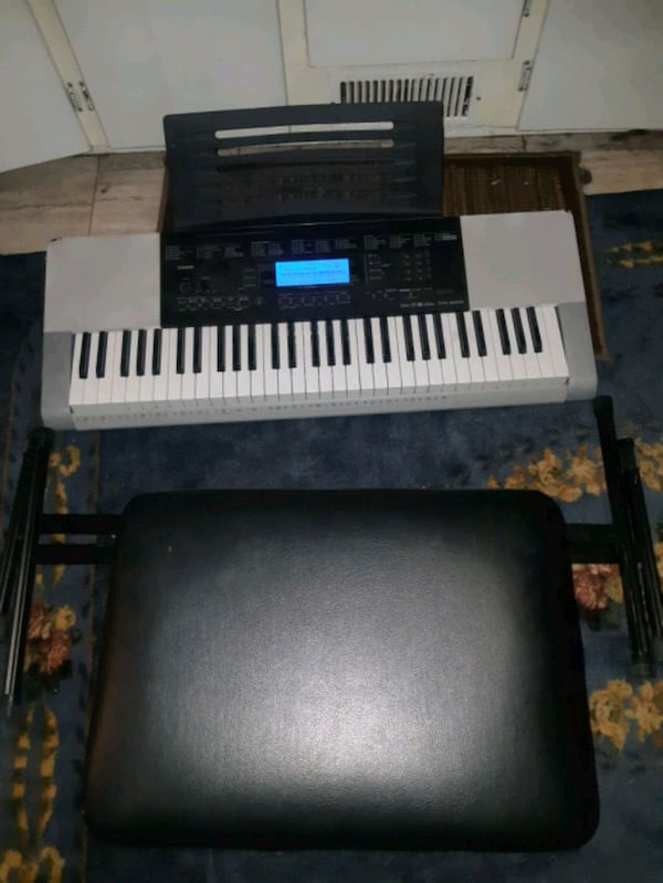 61 key casio keyboard with stand and stool 3a606d72-3f26-48ab-af64-24ab657a391f