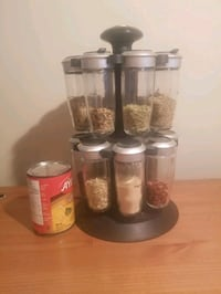 Spinning spice rack