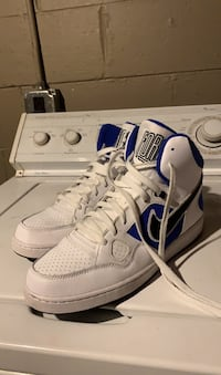 Nike son of force mid size 11 white and royal blue Harper Woods, 48225