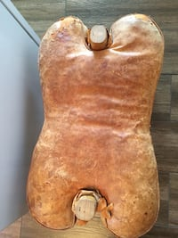 Camel saddle very old 2058 mi