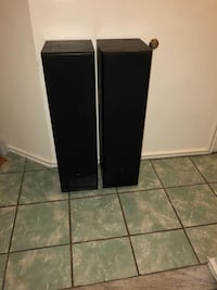black and gray speaker system New York, 10473