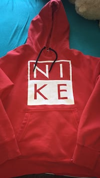 red and white Nike pullover hoodie Welland, L3B 2H7
