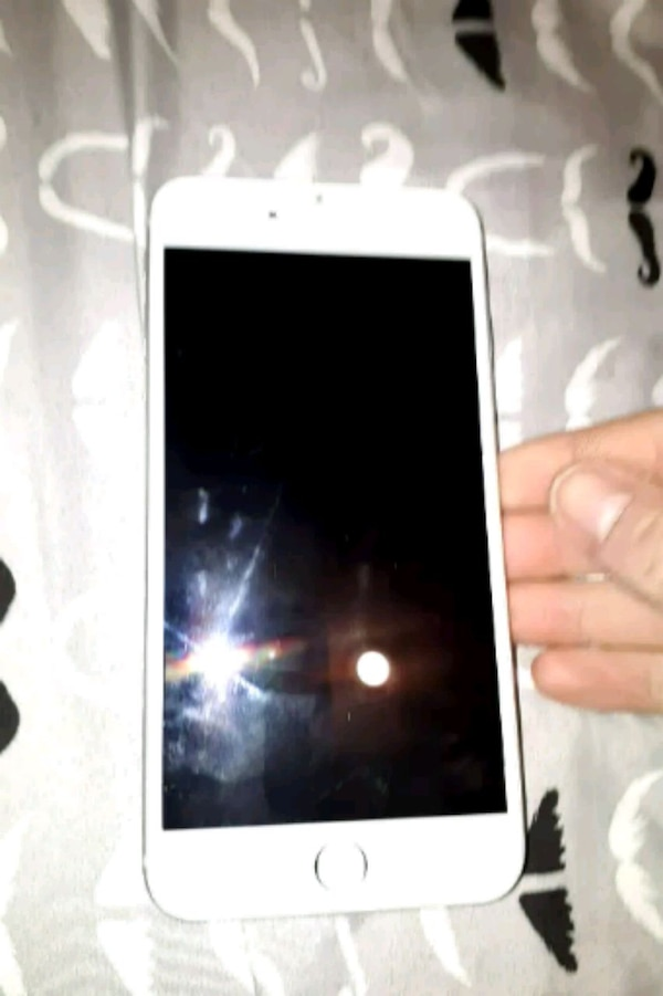 iPhone 6plus for sale or trade for an ipad.