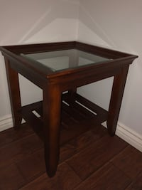 2 square brown wooden side tables Costa Mesa, 92626