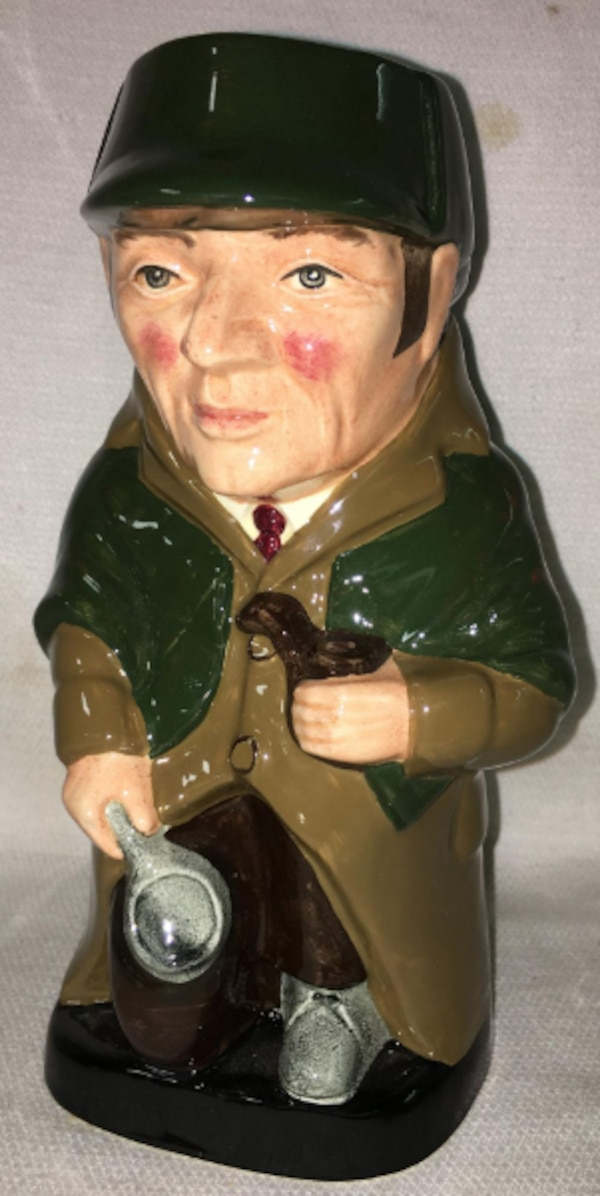 Royal Doulton's Rare Collection Antique Toby Jug. 45.00 4