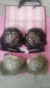 two black and pink floral brassieres Los Angeles, 90006