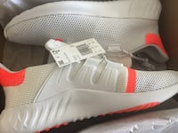 Brand New Adidas Shoes Still In The Box In Size 12 2056 mi